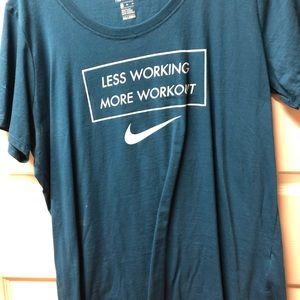Tops - Nike Shirt